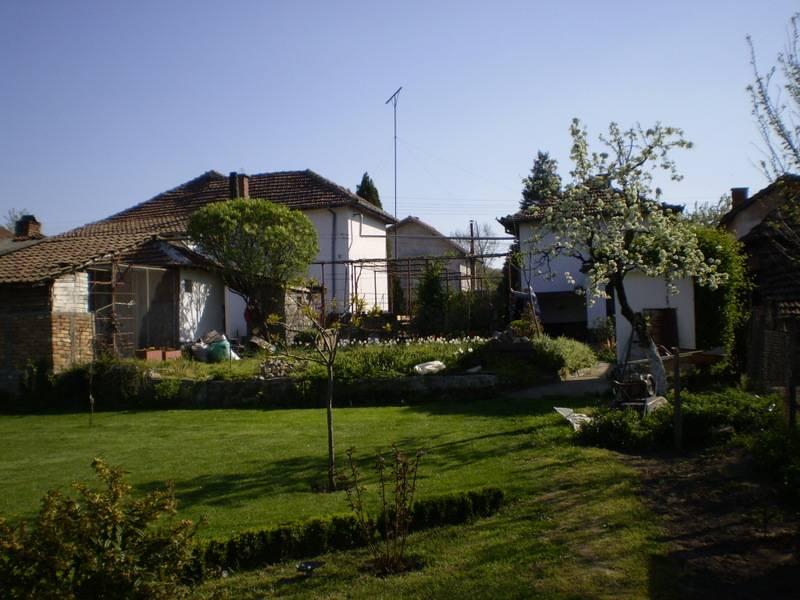 House in kozloduy for 50 000 eur constanta ltd for 50000 house